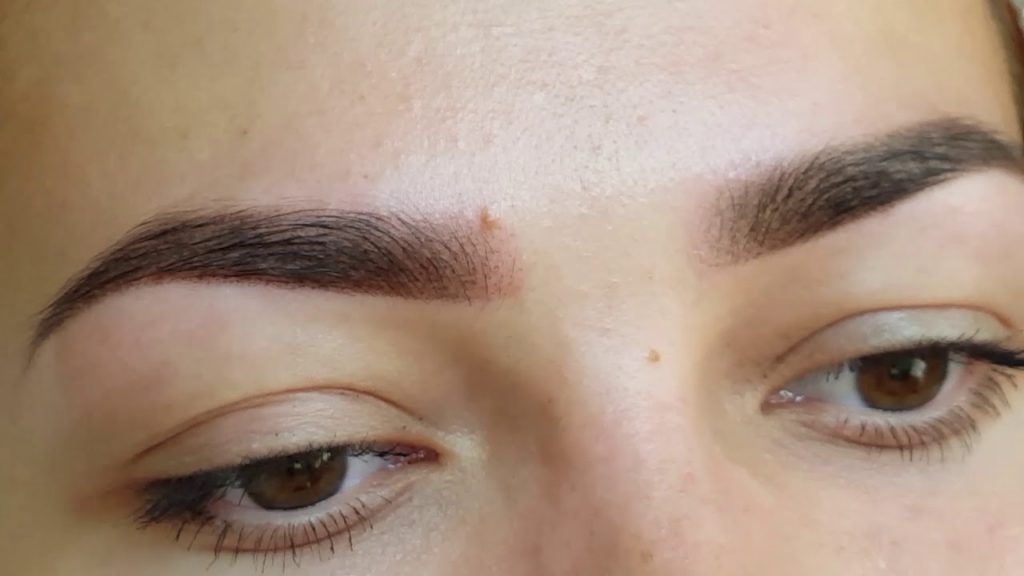 Пудровые брови эффект