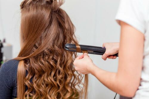 Сколько держится эффект от кератинового выпрямления волос?