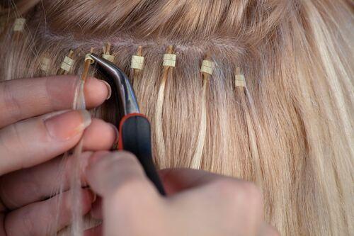 Как часто нужно делать коррекцию нарощенных волос?