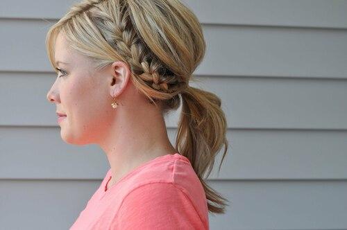 Модные косички на волосы средней длины