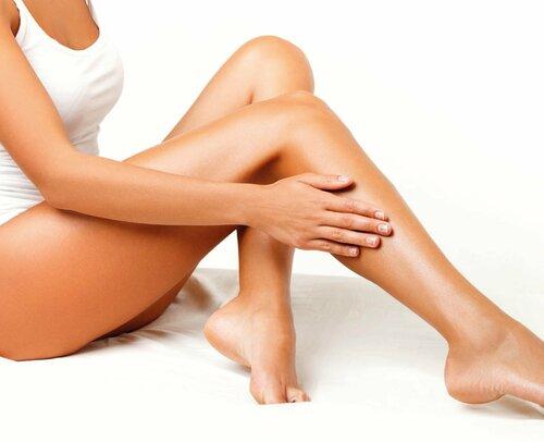 Особенности проведения шугаринга ног в салоне и домашних условиях