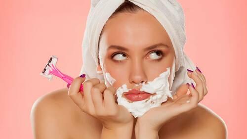 Шугаринг против бритья — что выбрать