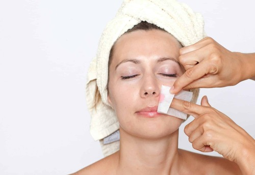 Способы удаления волос на лице