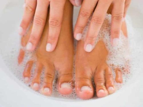 Как размягчить ногти на ногах, чтобы легче подстричь?