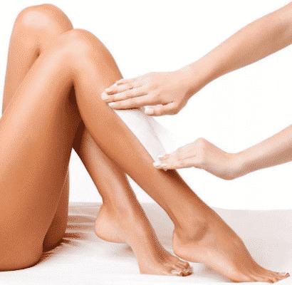 Восковая эпиляция ног