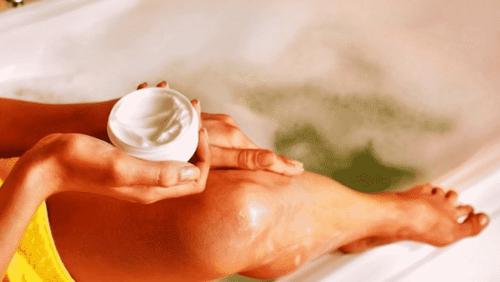 Правила ухода за кожей после депиляции воском: как справится с раздражением, зудом и другими неприятными последствиями
