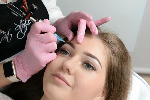 Сколько по времени делается татуаж бровей- какое время займет подготовка