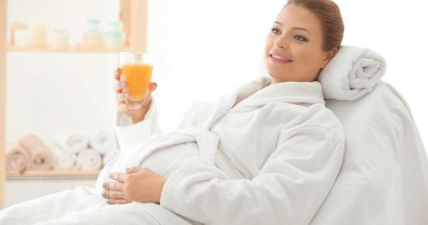 Можно ли делать коррекцию бровей при беременности