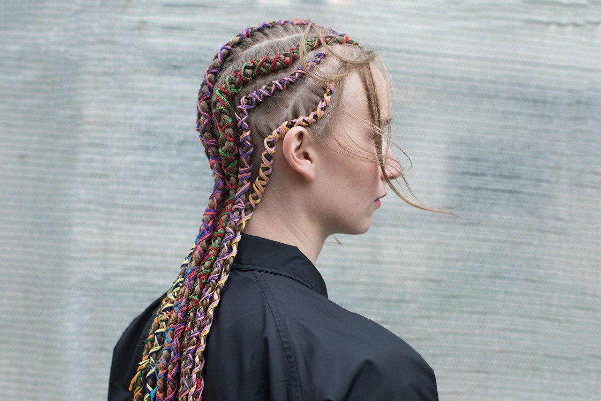 как называются косички, вплетенные в волосы