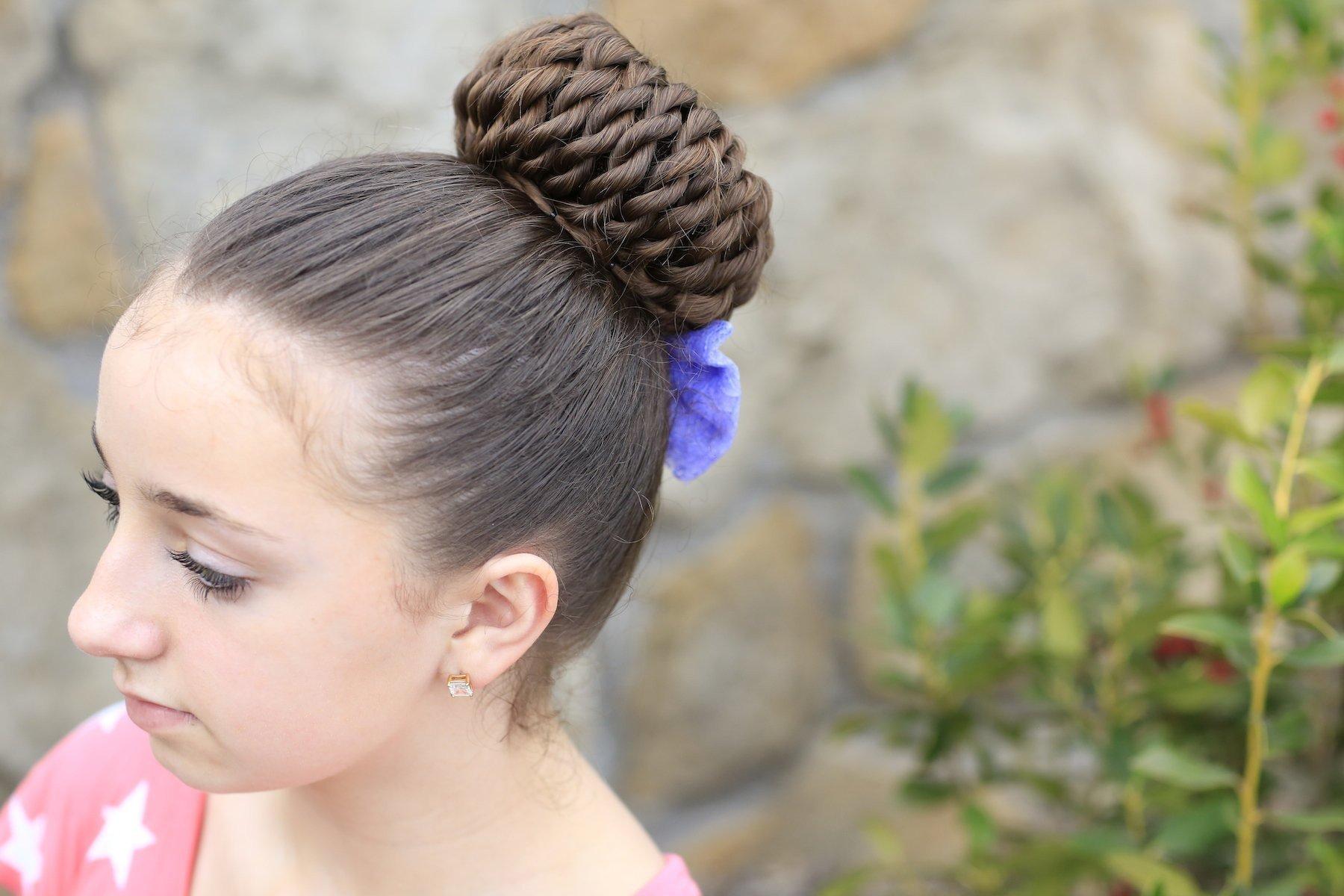 4.Прическа со жгутами на средние волосы