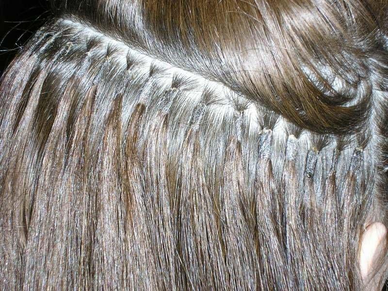 сколько держится капсульное наращивание волос