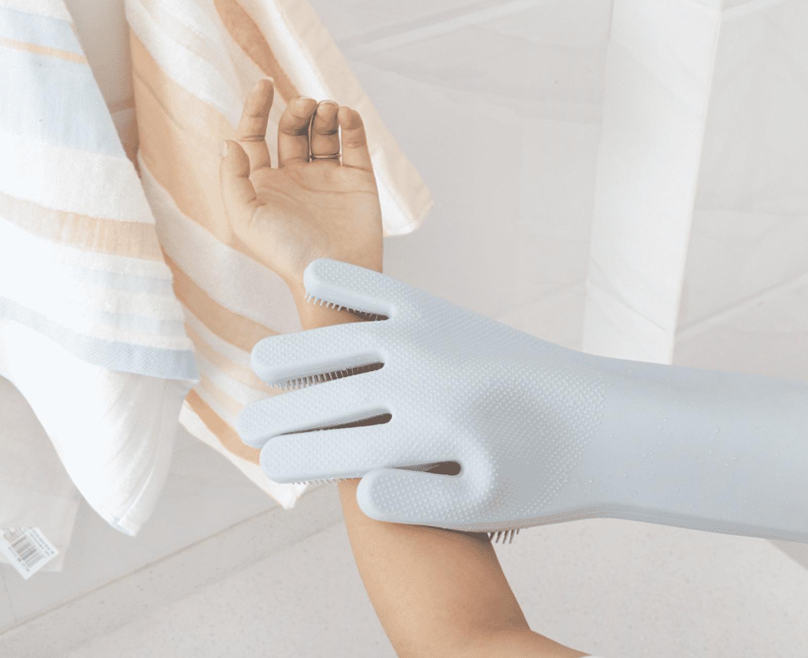 Какие перчатки нужны для шугаринга