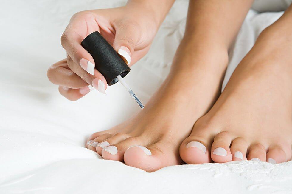 Лак для ногтей от грибка на руках и ногах: обзор