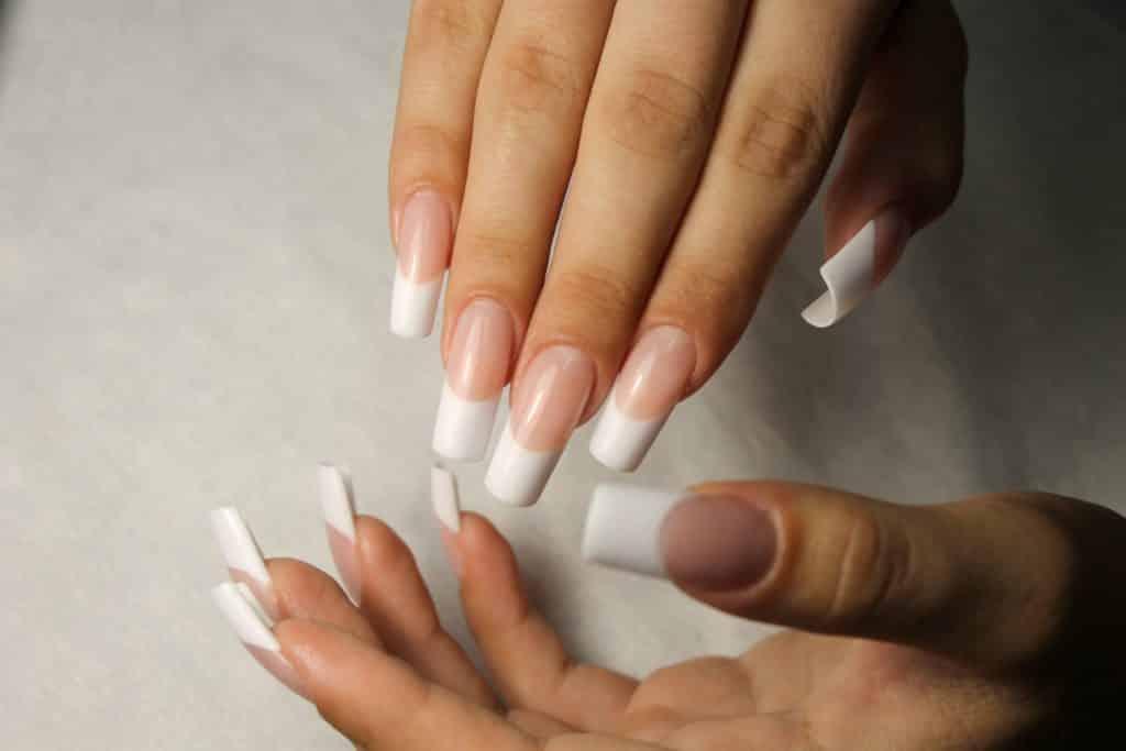 арочное моделирование ногтей