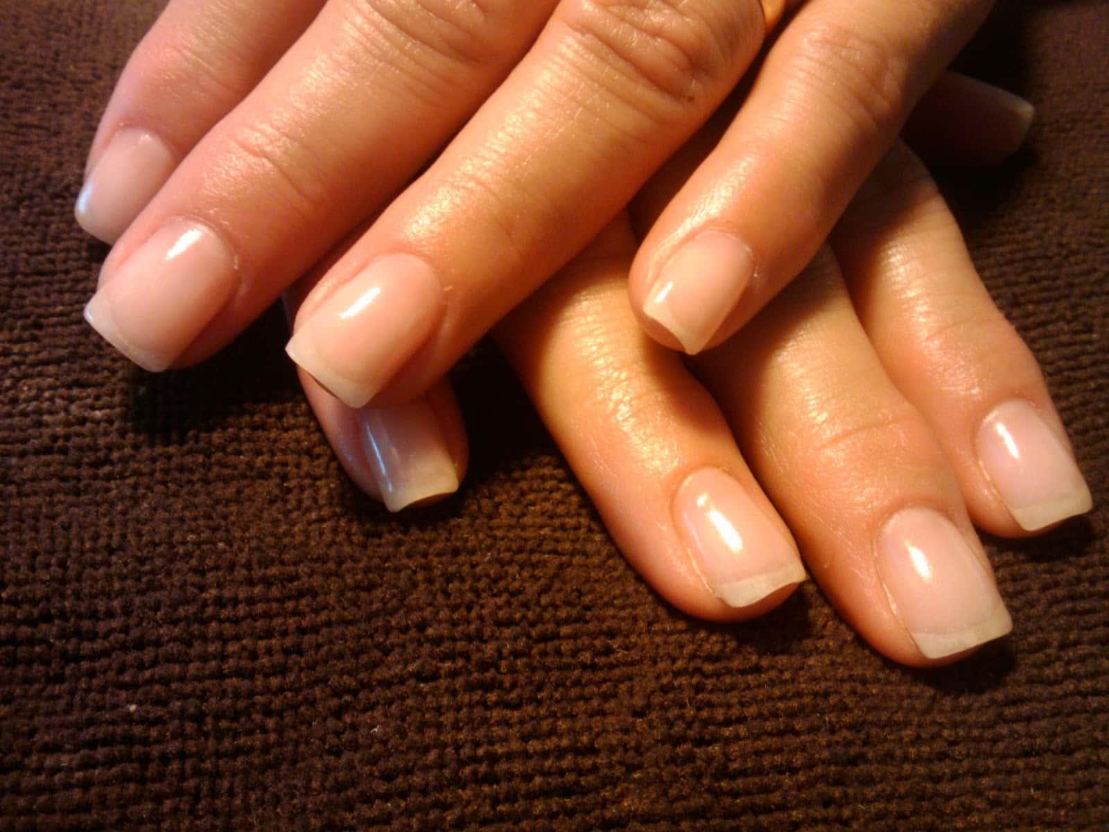 ламинирование ногтей