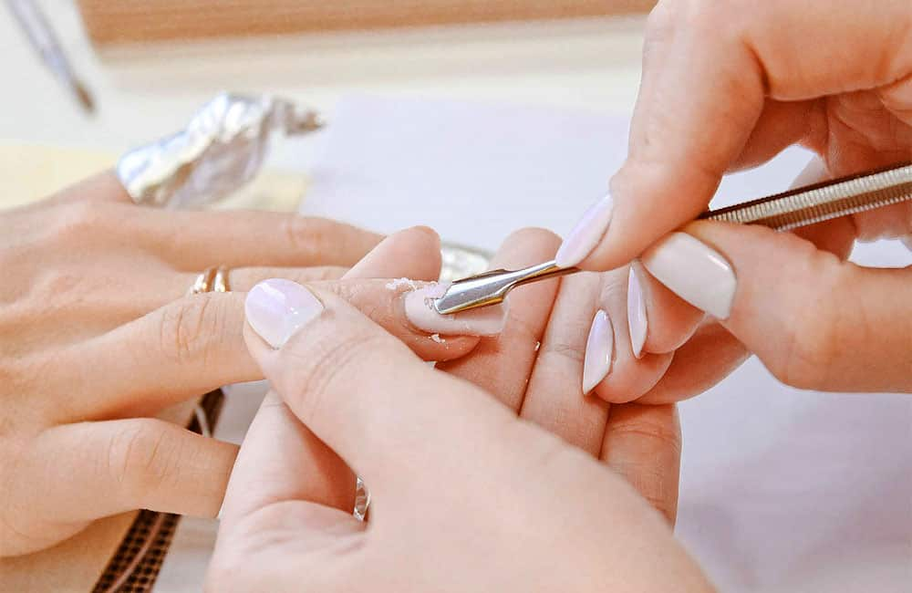 болят ногти после гель лака