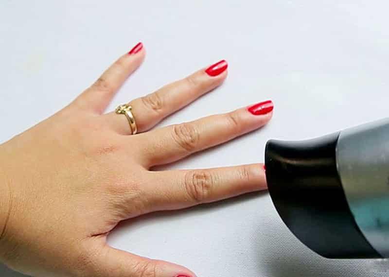 сушка ногтей