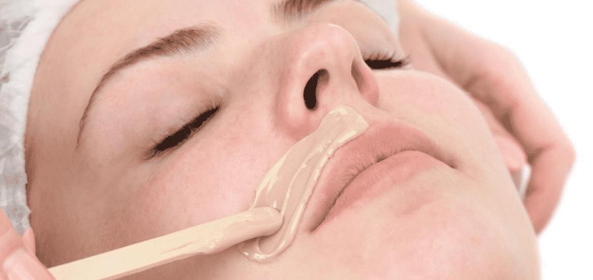 эпиляция воском над верхней губой